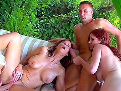 Keiran Lee spends great time with Alura Jenson, Syren De Mer and Tiffany Mynx at