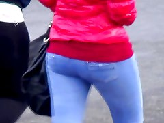 Candid - Nice Ass In Tight Jeans