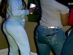 House Party! - Big Booty  Jeans Twerk
