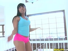 Ebony girl with big elastic ass gets fucked after doing exercises