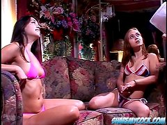 Two nice chicks give the best double blowjob ever!