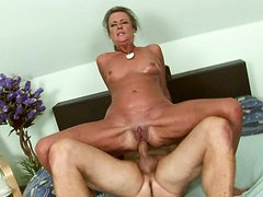 Tanned horny bitch with flossy ass gonna get her wet cunt fucked hard