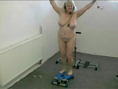 Curvy granny dances naked in the gym