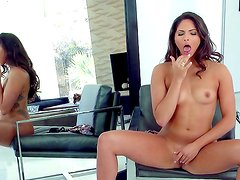 Aspen Rae is arousing and hot