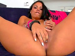 Turned on whorish black haired sexy Luna Star with big juicy tits and long legs polishes