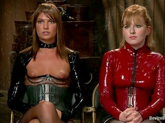 Slim Cassandra Nix gets dominated by redhead Mz Berlin
