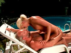 Fuckable blond MILF hops on horny bearded dad in cowgirl style