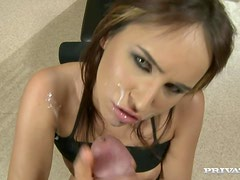 Sizzling Aleska Diamond gives a blowjob in a gym