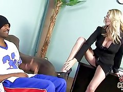 White mom Angela Attison takes BBC and gets creampie