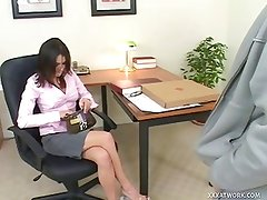 Hot Secretary Fucks The Pizza Guy On Her Desk