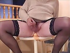 Bouncing on a dildo and cumming