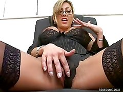 Horny Librarian Babe Checks Out Her Pussy