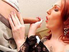 White shemale Brittany loves a huge dick in her ass