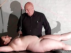 Chubby torture rack punishment of amateur slave in extreme