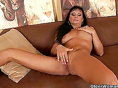 Hot soccer mom works her wanton and mature pussy