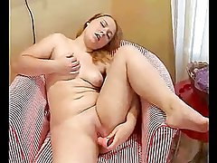 Horny Chubby Teen inserting a vibrator in her Wet Pussy