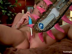 Capri Anderson fingers her vag and gets it pounded by a fucking machine