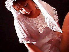 getting ready for wedding 1-miyu aoi-by PACKMANS