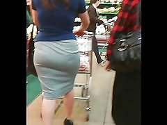 MILF with great butt at HEB Store