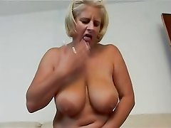 Awesome mature pornstar Robyn Ryder fucked by fat older guy