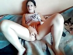 Polish brunette girl masturbate