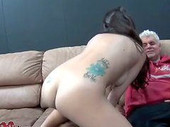 Shaved Pussy Is Licked By That Horny Dude