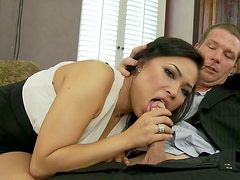 Insanely hot Asian babe gives her lover a nice blowjob