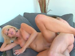 Skinny blonde whore gets her muff fucked missionary style