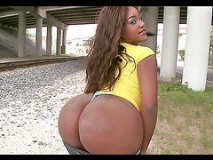 Rough pussy scarring sex with a thick ebony babe