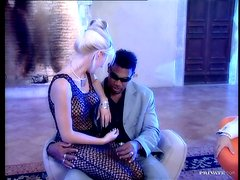 Nikky Anderson moans insanely while being double penetrated