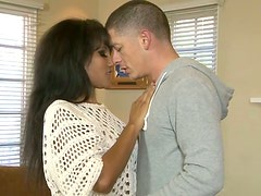 Mature temptress gives her lover one hell of a blowjob