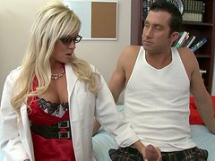 Kinky Doc Nikita Von James sucks big dick of her patient