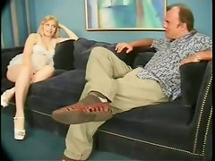 Cock Sucking Is Pleasure For That Horny Blond Pregnant Bitch