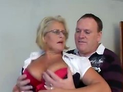 Busty mature blonde rides a cocka fter getting her snatch licked