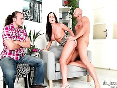 Cindy Dollar gets her vagina slammed full of worm