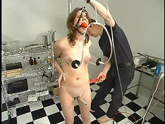Filthy lust Leah Marie can't stand so much pain