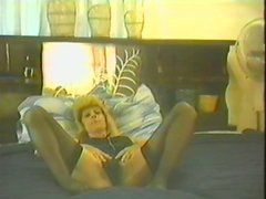Amateur chick in stockings gets rammed in retro video