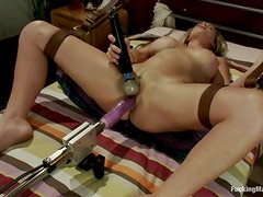 Brittany bell Rides Sybian after Being Fucked by Machine and Toys Her Pussy