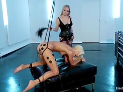 Maia Davis gets her ass wired and pussy toyed by a girl