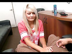 Blondie with nice tits gives out handjob