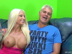 Rikki Six gives head to Travis Varjak and lets him smash her cunt