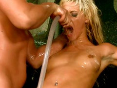 Amazing blondie enjoy hardcore missionary style sex at the carwash