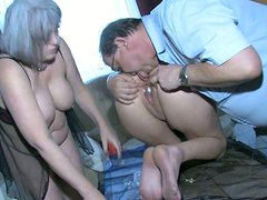 Loose pussy of old granny is getting stretched in kinky FFM threesome