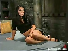 Persia DeCarlo gets her snatch licked and banged by a sex machine