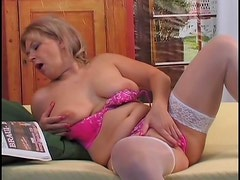 Weird mature lady in white stockings gets poked