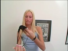 Luxury blondie is getting fingered and loaded in her mouth