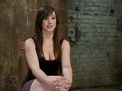 Curvaceous Jennifer White gets bonded and whipped