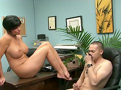 Gorgeous brunette mom with big boobs gets her soles licked by submissive Asian dude