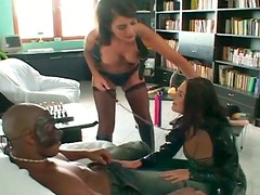 Extreme anal drilling in foursome with two babes in latex clothes