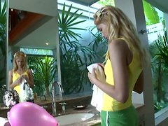Horny Blonde Babe Sasha Gives Her Dude Amazing Blowjob